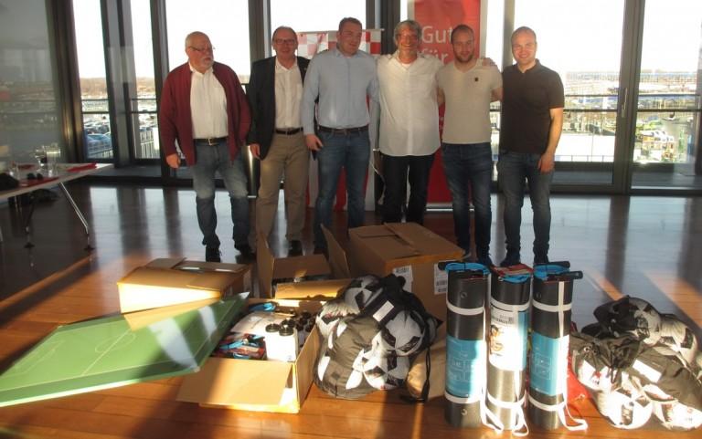 Kreisfußballverband bedankt sich bei Bremerhavener Vereinen